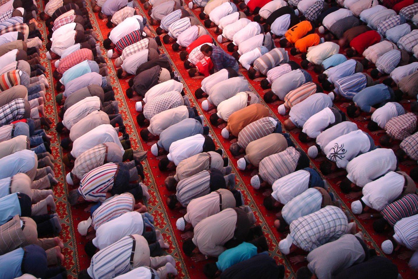 mosque-muslim-prayer